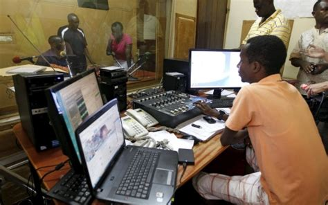 radio rpa burundi radio goes silent in burundi s political crisis al