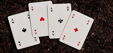 r 232 gle de la belote le jeu de carte incontournable