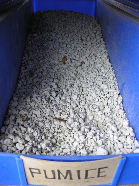 pumice stone gravel lightweight cement aggregate