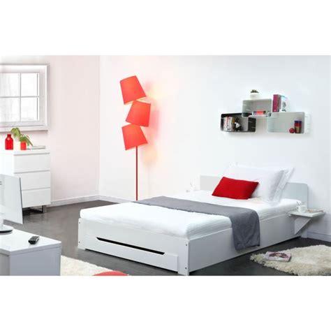 lit 1 personne blanc lit blanc 1 personne table de lit