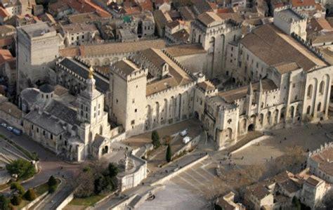 avignone sede papale avignone la citt 224 dei papi in provenza