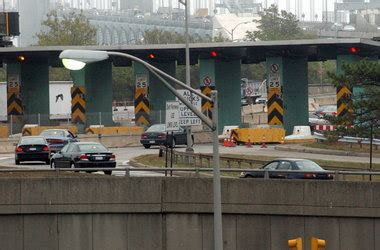 vehicles on staten island expressway to be re directed