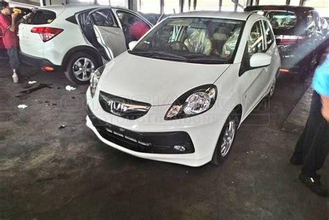 Honda Brio E Satya 2015 by Mobil Kapanlagi Dijual Mobil Bekas Surabaya Honda
