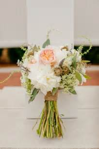 Wedding flowers can be if you let them an astronomical wedding expense