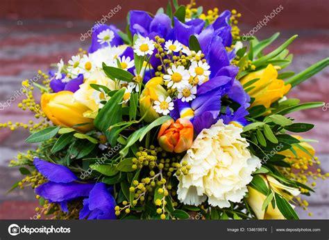 mazzo di fiori foto bellissimo mazzo di fiori foto stock 169 angel648 mail ru