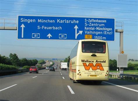 Mit Freundlichen Grüßen Francais Weiss Jemand Wie Diese Autobahnen Heissen Autobahnen Ch