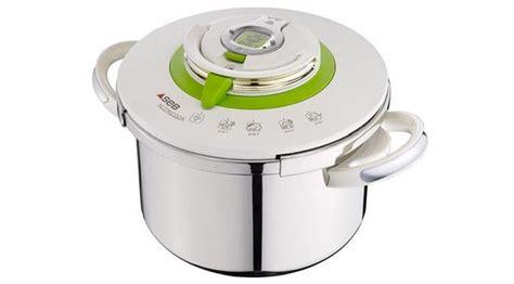 cuisiner à la cocotte minute culinaire nutrition recettes sant 233 guide d achat