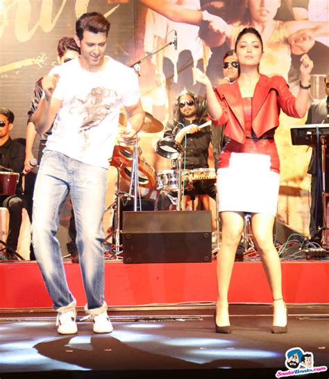 hrithik roshan movie song kaabil movie song launch hrithik roshan and yami gautam