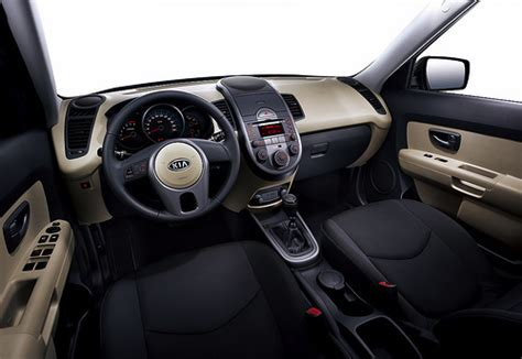 kia cube interior comparison review kia soul versus nissan cube second