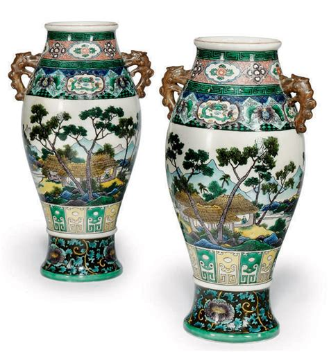 a pair of japanese kutani vases early 20th century