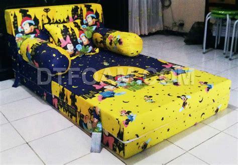 Sofa Bed Untuk Anak sofa bed inoac anak karakter kartun mickey mouse kuning