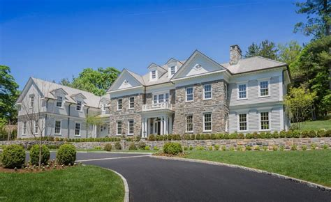 a colonial style estate for sale in bedford new york georgian colonial homes excellent paint colors for