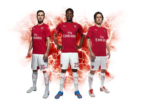 moda linea training de puma  el arsenal fc
