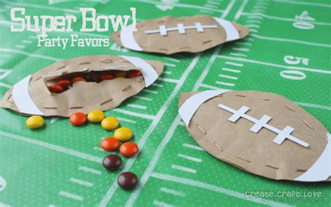 football craft projects bowl favors that are sure to score a touchdown