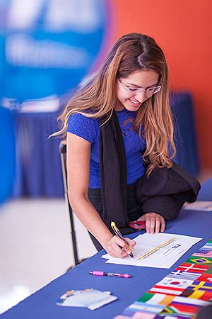 Fiu Mba Options by At International Studies Fair Students Learn About Fiu
