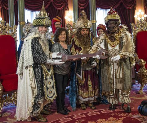 fotos reyes magos sexies 161 ya vienen los reyes pa 237 s vasco el mundo