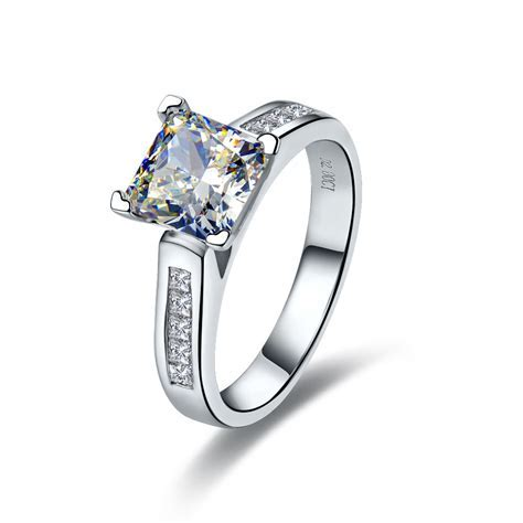 2 CT Center NSCD SONA SIMULATED Diamond Princess Radiant