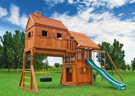 swing house 1000 images about tree house swing sets on