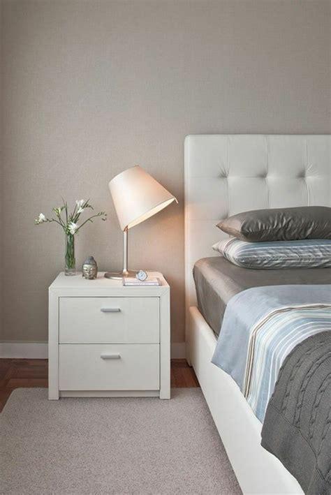 kleine nachtkonsole kleines schlafzimmer einrichten 55 stilvolle wohnideen