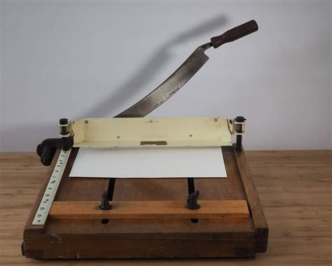 craft guillotine paper cutter the 25 best guillotine paper cutter ideas on