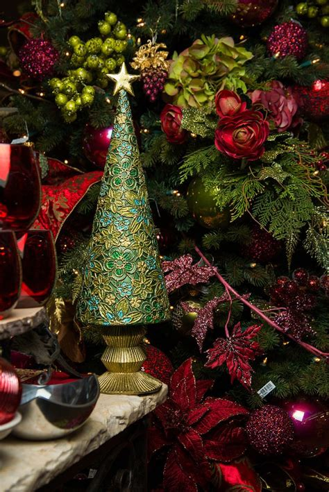 mobacks decorated trees 25 best home images on poinsettia poinsettia flower and decorations