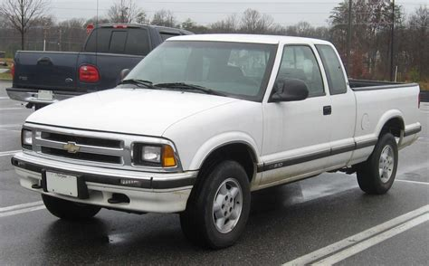 s10 bed size file 1994 1997 chevrolet s 10 jpg wikimedia commons