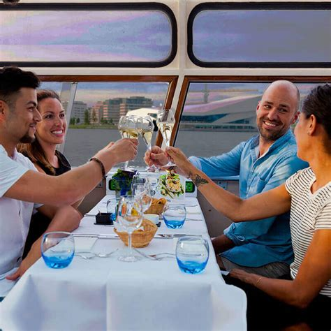 dinner on a boat amsterdam dinner cruise amsterdam tickets holland