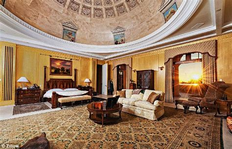 the dc man pad stately 3 bedroom in dupont circle apartments for rent in washington district 3d theatre poker lounge and 2 000 bottle wine cellar