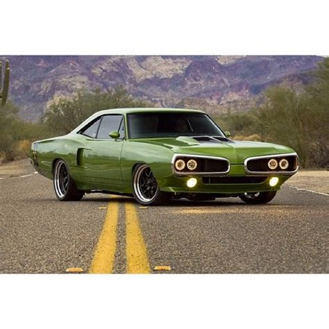 plymouth superbee plymouth dodge superbee roadrunner 70 superbee green