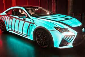 this lexus car s paint flashes in sync with driver s