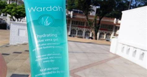 Wardah Gel Lidah Buaya review wardah hydrating aloe vera gel catatan emak