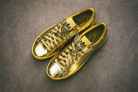 Sneaker Adidas Gold shoes sneaker gold high top sneakers sneakers adidas