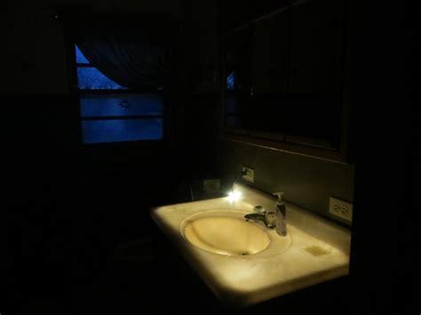 create a glowing bathroom nightlight