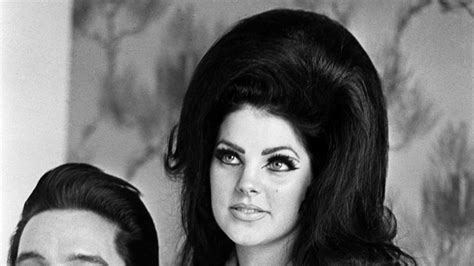 birthing hairstyles at 70 priscilla presley is still an ageless beauty
