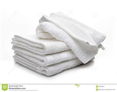 White Hotel Bedding Stack Of White Hotel Towels Royalty Free Stock Photography