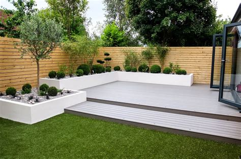 simple  stunning gardens  give  ideas
