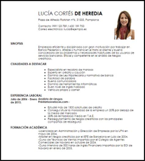Modelo De Curriculum Vitae Para Trabajo En Banco Modelo Curriculum Vitae Cajero A De Banca Livecareer