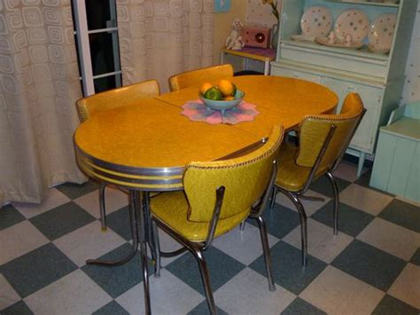 formica top table and chairs 1950 s kitchen formica top table and plastic chairs our