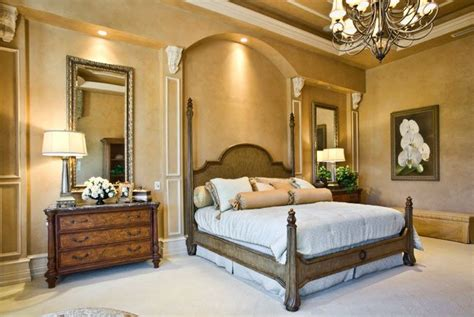 bedroom molding ideas 17 best ideas about gold painted walls on pinterest gold