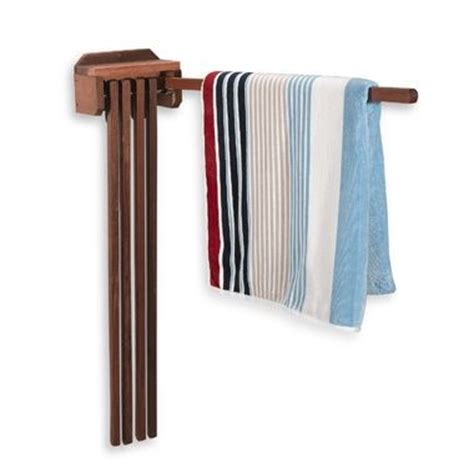 Outside Towel Rack by 1000 Ideas About Towel Rack Pool On Pool