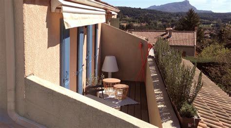 Charmant Amenagement Terrasse De Toit #1: amenagement-exterieur-architecture-aix-terrasse-tropezienne-toit-cezanne-azzaro-architecte-jeremy1-1024x570.png