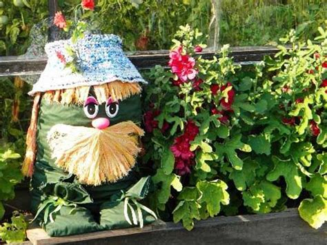 Garden Decorations Ideas Creative Handmade Garden Decorations 20 Recycling Ideas