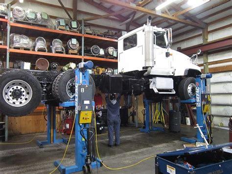 tacoma semi truck repair transmissions parts  services