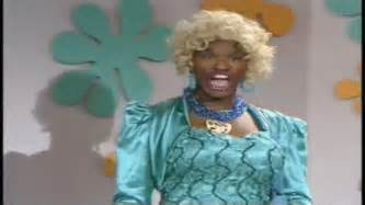 wanda from living color in living color foxx wanda on make a gif