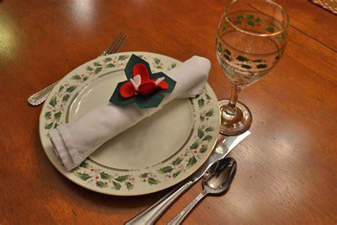 pattern for felt poinsettia napkin ring diy felt poinsettia napkin rings factory direct craft blog