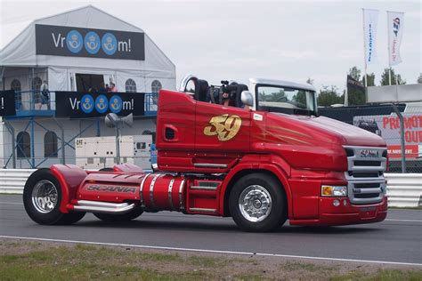 worlds fastest truck scania 1000hp freaking sound burnout