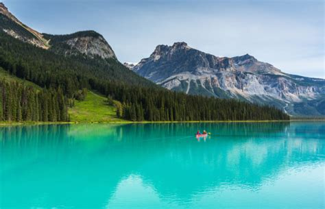 breathtaking canadian national parks  add
