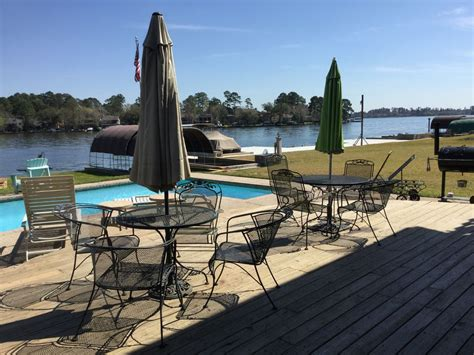 walden on wheels book review awesome waterfront home on lake conroe vrbo
