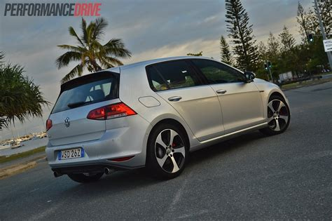 volkswagen golf gti 2014 2014 volkswagen golf gti mk7 review performancedrive