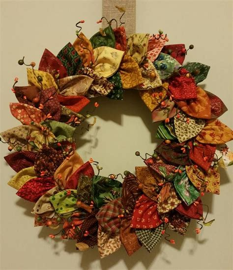 fabric crafts wreath fabric wreath projects to try fabri